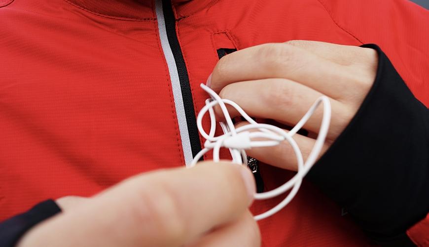 Musik - ledninger på løbeturen