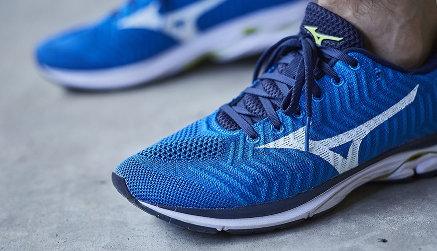 Mizuno waveknit r1 test